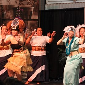 the Federal Way girls led by their Taupou
