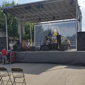 Watching the band warm up, wish I could stay for the concert, anytime there is a upright bass you know it's going to be good.