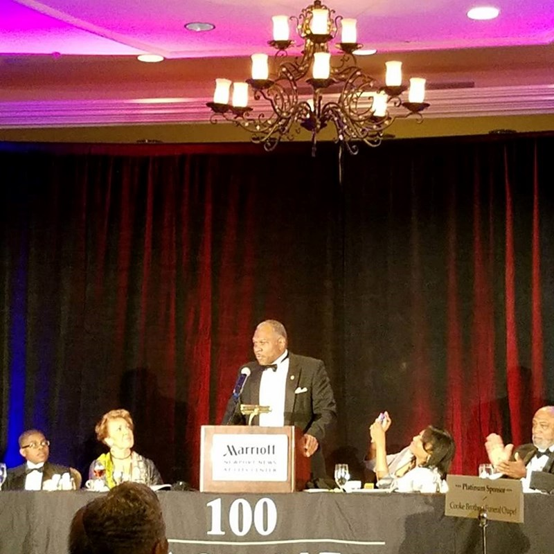 NN Sheriff Gabe Morgan received the 2016 100 Black Men Role Model of the Year award. He gave an awesome acceptance speech!