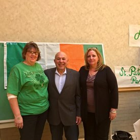 With my friends, and Hibernians, Lindy Brown & Michelle Saenz.
