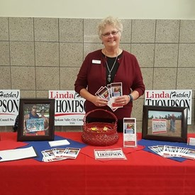 Candidate Linda Thompson (Hatcher) and her table.