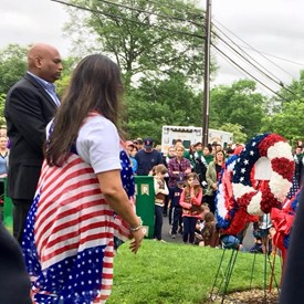 Basking Ridge Indian Community leader Goutham Puppala presenting a beautiful wreath at the memorial.