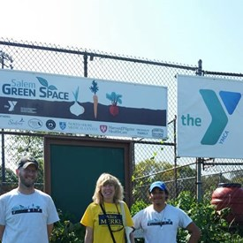 Great time at the Salem Food for Thought Festival, touring the Y Green Space which grows food for the community and then a lovely lunch courtesy of Root at Espacio!