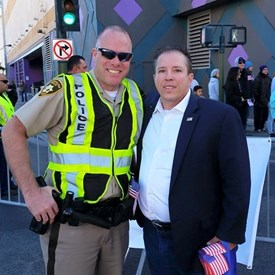 Thanking a Las Vegas METRO Officer for his service to our city.