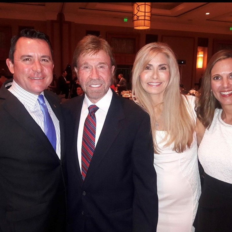 David and Amy were excited to meet Chuck and Gena Norris!