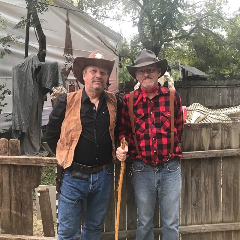 Tom Dye volunteered at Hilthon Haunts (with Howard Hilthon) in Homosassa, all proceeds go to charity