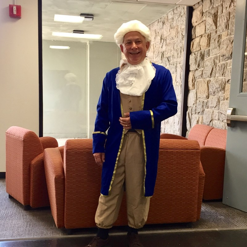 Alex dressed up as George Washington for voter registration drive at SUNY Canton